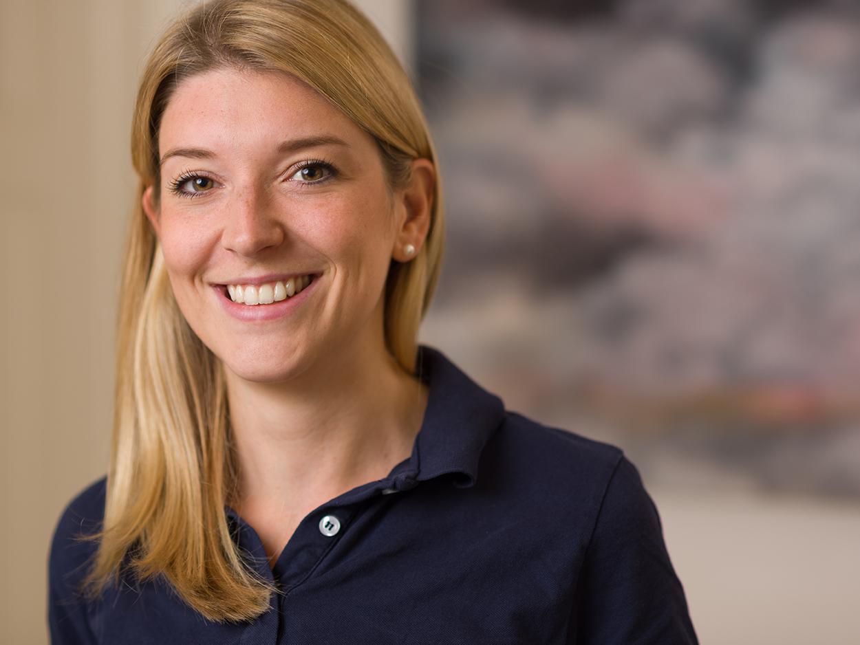 Dr. med. dent. Elisa Kuhr